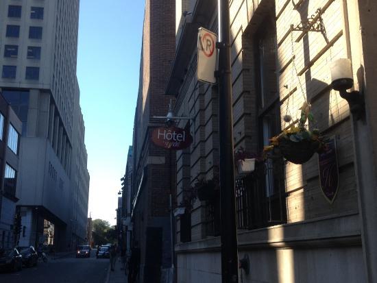 Hotel Le Saint Andre: location