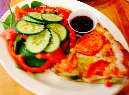 Cafe Vincente: Veggie Quiche & Salad