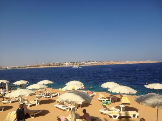 Stella Di Mare Beach Hotel & Spa: View from the pool bar