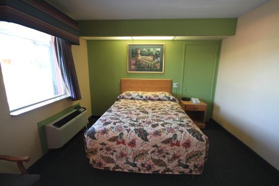 Holiday terrace motel houston ms voir les tarifs et for Motel bas prix