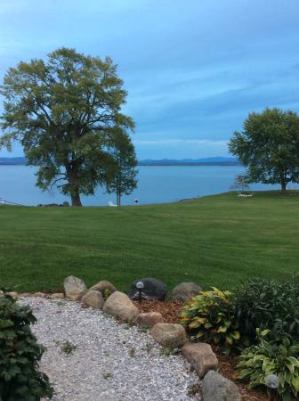 North Hero, VT: Typical views from the immaculately tended property at Shore Acres