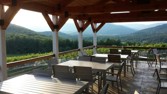 Dyke, Wirginia: Moss Vineyards Pavilion
