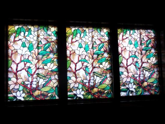Deer Head Inn: the stained glass window over our bed