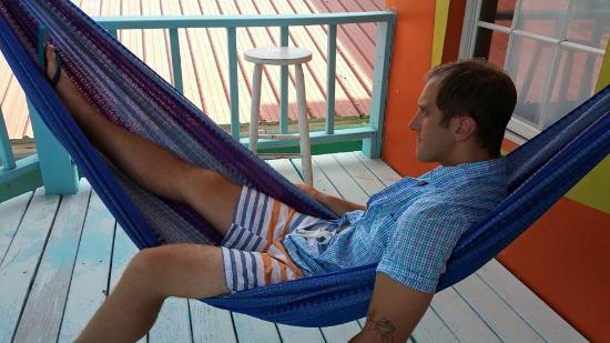 Kokomo Beach Suites: Hammock