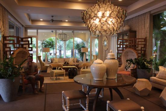 Grace Bay Club: Hotel Lobby