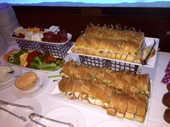 Rye Brook, État de New York : party platters