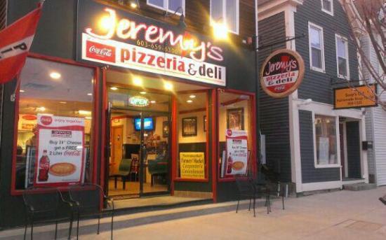 Newmarket, NH: Jeremy's Pizzeria