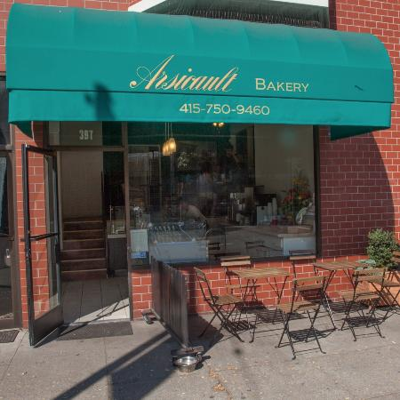 Arsicault Bakery: Look for green awning