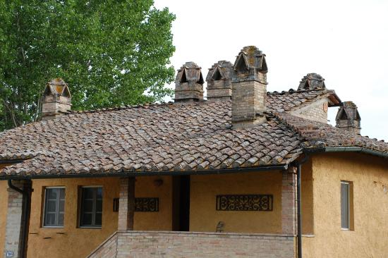 Fattoria dei Comignoli: Comignoli - значит каминные трубы