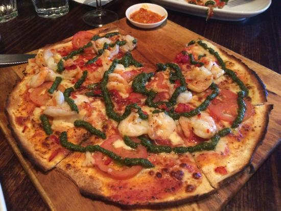 Bondi Pizza: Grilled Chilli Prawn