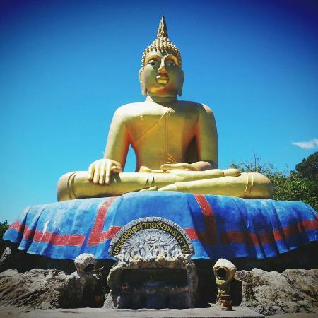 Khao Tao, Thailand: พระประธาน