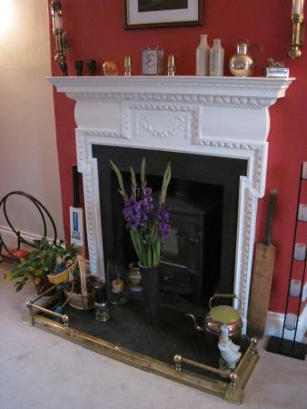 White Hall Bed & Breakfast: White Hall has charm & character in bucket loads (22/Sep/15).