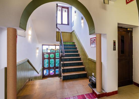 Home@F37: Staircase