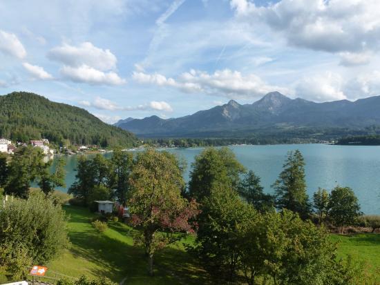 Ledenitzen, Austria: Идем на вершину этой горы слева