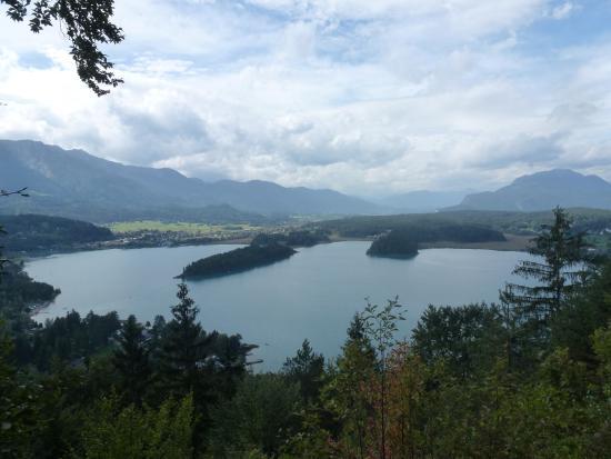 Ledenitzen, Austria: Панорама озера Фаак