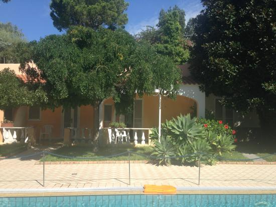 Villa Le Magnolie: Piscina 3