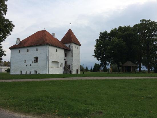Ida-Viru County, Estonia: Castle