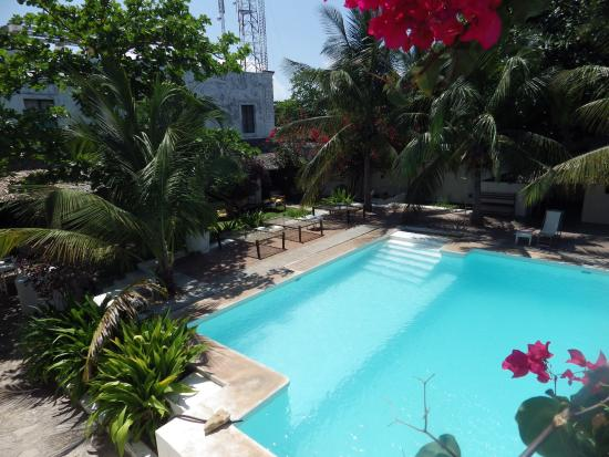 Hotel Escondidinho