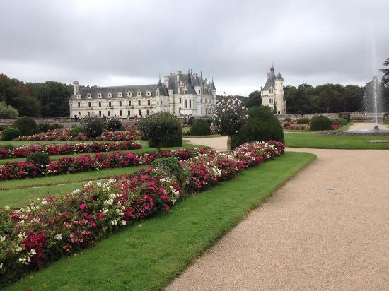 Chenonceaux, Γαλλία: Jardins et château