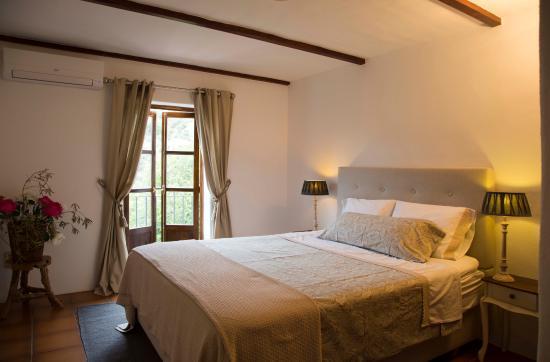 Cortijo La Pura Luxury Bed & Breakfast