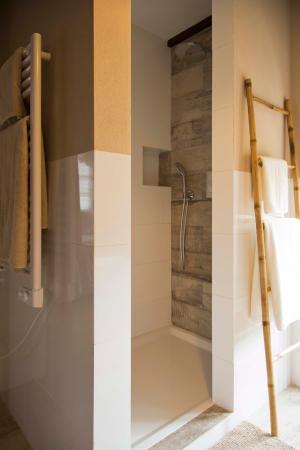 Badkamer voorbeeld - Picture of Cortijo La Pura Luxury Bed ...