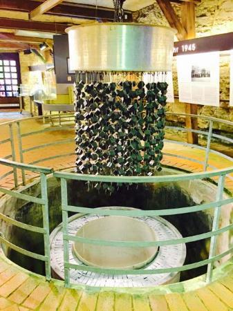 Haigerloch, Alemanha: Die Uranwürfel des Reaktors (Nachbau)