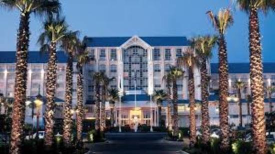 The Table Bay Hotel Entrada
