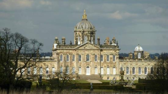 Terrington, UK: Visit nearby Castle Howard