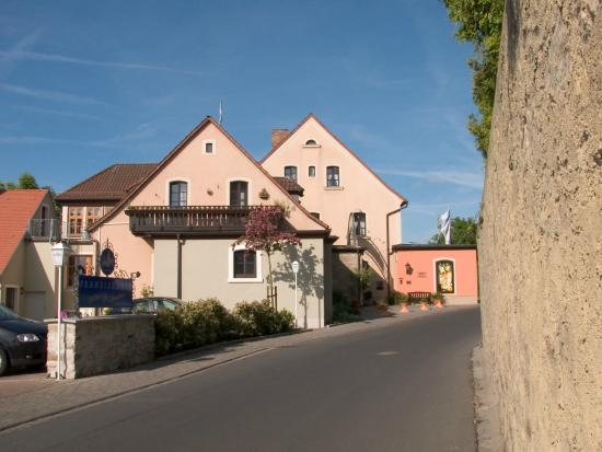 vollbusige dem bad Dettelbach(Bavaria)