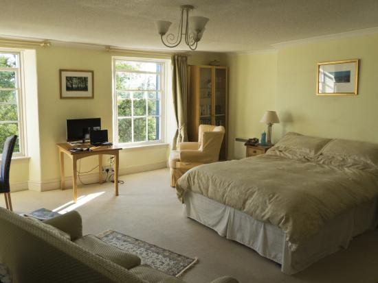 Oxford Suite, Lammas Park House