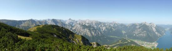Das Pfandler: View from Barenkopf summit
