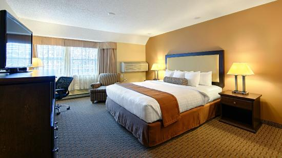 Best Western Plus Emerald Isle Hotel: King Bedded Room