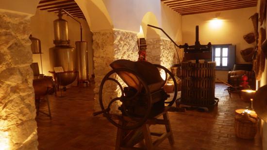 Museo Etnologico la Posada: Оборудования для изготовления анисовой водки