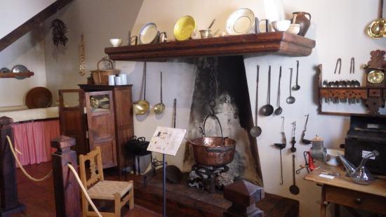 Museo Etnologico la Posada: Типичная кухня и посуда горожан