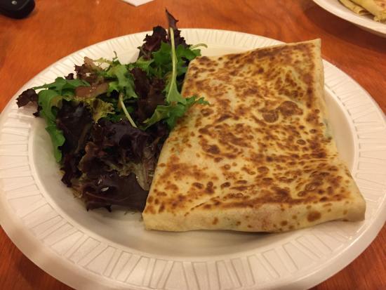 Village Creperie Cafe: Mediterranean Crepe - Delicious