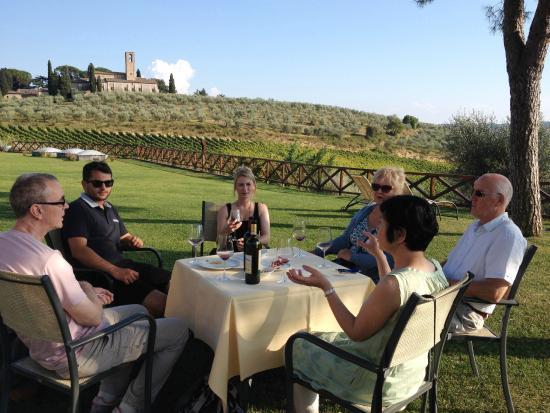 Fattoria Abbazia Monte Oliveto: Wine Tasting