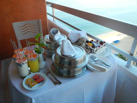 Gran Plaza Hotel Acapulco: Desayuno especial