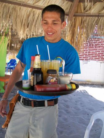 Playa El Tecolote (Tecolote Beach): Great service