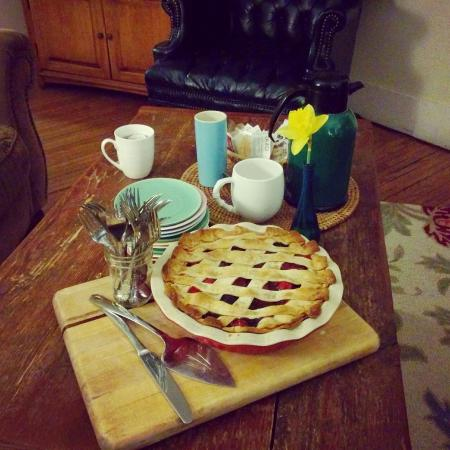 Arbor House, An Environmental Inn: Vegan Berry Pie for Pi Day