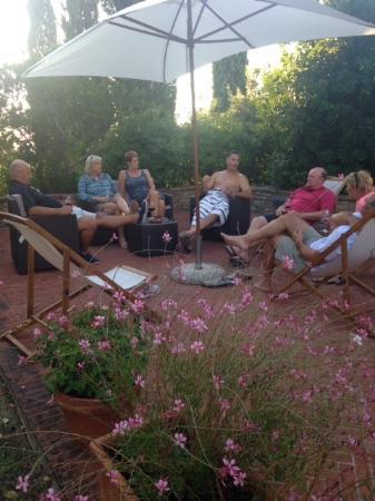 Villa Casa Di Monte: Our Group Enjoying the Outdoor Patio