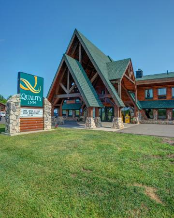 Photo of Ashland Lake Superior Lodge