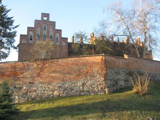 Sztum Castle: Стены замка