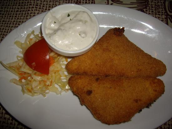 Bozi Dar, Τσεχική Δημοκρατία: Käse mit Tatar 110,00 CZK, Eistee 0,2l 29,00 CZK.