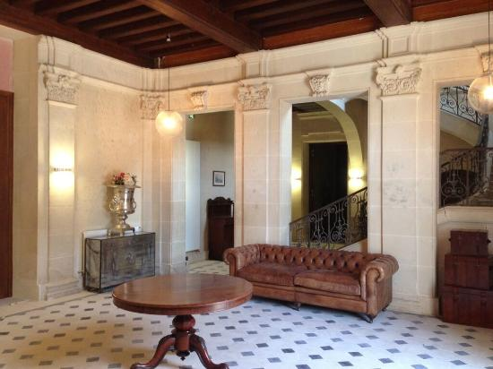 Vernantes, France : Entrance