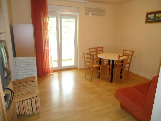 Aparthotel Volta: Superior One-Bedroom Apartment - Living room