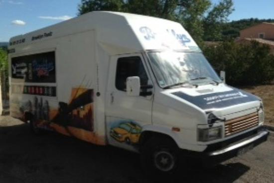 Forcalquier, France: Brooklyn Foodz, le camion