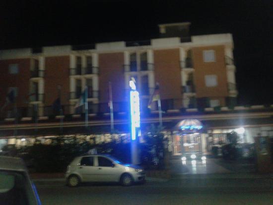 Hotel Niagara: Esterno