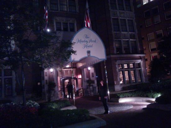 The Henley Park Hotel: Entrada