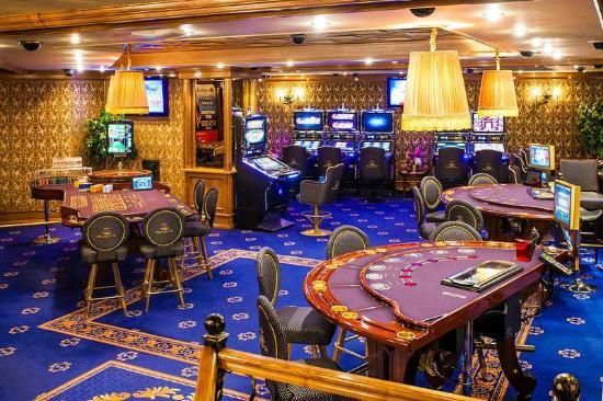 Pharaon Casino Казино