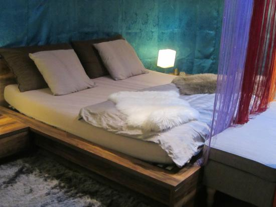Rochers-de-Naye Yurts: Gorgeous interior of Love Yurt number 6